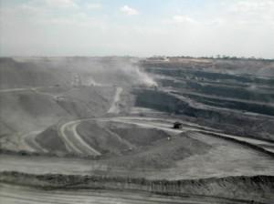 een open steenkoolmijn