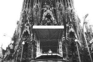 de paus in Barcelona vanaf de Sagrada Familia