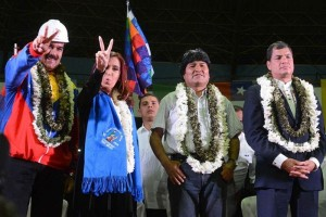 vlnr Maduro van Venezuela, Kirchner van Argentinie, Morales van Bolivia en Correa van Ecuador