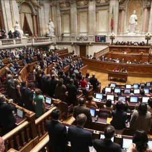 Portugese parlement hoort van regering dat de bijdrage aan Griekenland is goedgekeurd