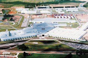 Audi en Volkswagen fabriek in São José dos Pinhais bij Curitiba zag er zo uit en 2007 en ziet er zo uit in 2013